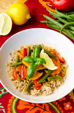Thai Curry / Happy Herbivore: Light & Lean