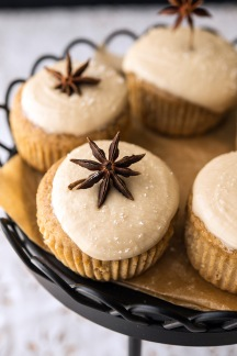 Rootbeer Float Cupcakes Happy Herbivore Holidays and Gatherings