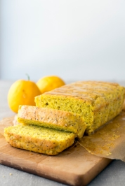 Lemon Chia Seed Cake from Superfoods 24/7