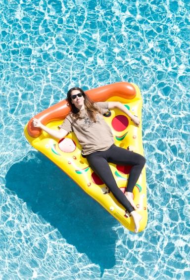 Lifestyle Portrait - Pizza Pool Party